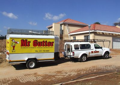 Mr Gutter Vaal mr-gutter-61-400x284 Our Team On Site