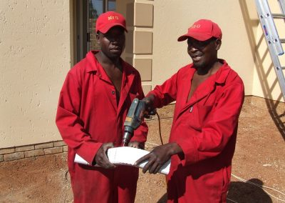 Mr Gutter Vaal mr-gutter-71-400x284 Our Team On Site