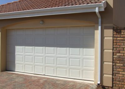 Mr Gutter Vaal garage1-400x284 Gutters and Downpipes